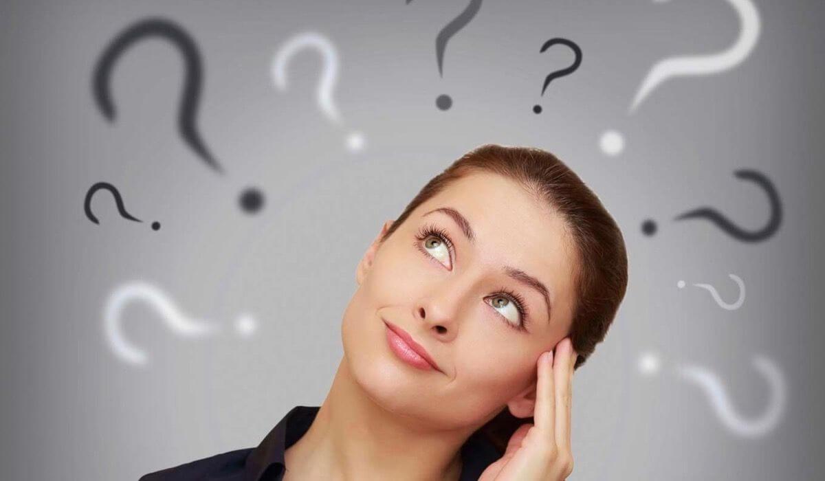 Come ridurre i pensieri negativi e i giudizi del critico interiore